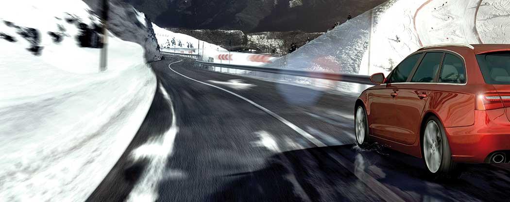 Bridgestone Blizzak LM001 an Fahrzeug auf winterlicher Straße
